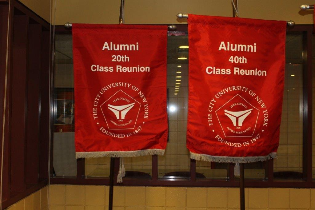 Banners of 20th and 40th class Reunion
