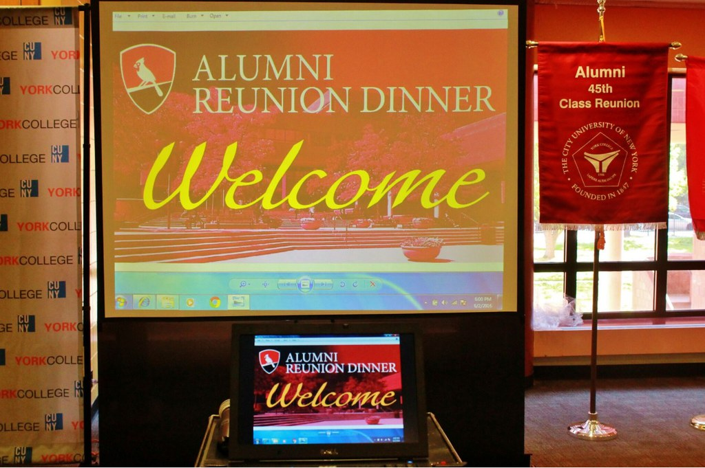 Welcome to the Alumni Reunion Dinner