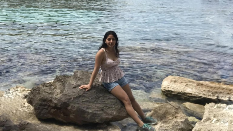 Earth Science Student Has Transformative Study Abroad In Spain